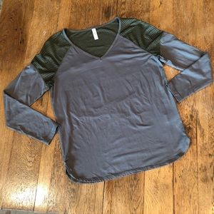 LOLE active top
